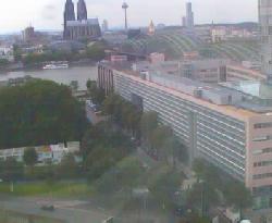 Blick auf ein Verwaltungsgebäude der LVR und Köln