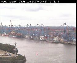Rundumblick auf die Hafenanlagen